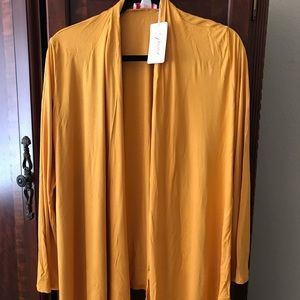 Gold knit cardigan - large